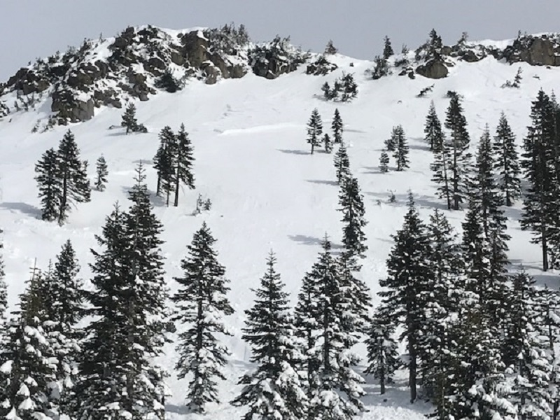 Yellow Butte, natural wind slab avalanche (D2)