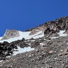 Crossover hotlum to upper wintun glacier / 12,400