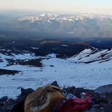 Poor snow on the E facing ski terrain below Helen