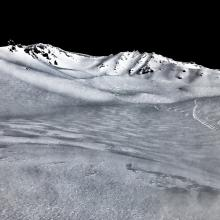 Looking up at Avalanche Gulch from 50/50