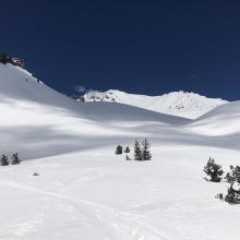 Looking up at Avalanche Gulch from Spring Hill