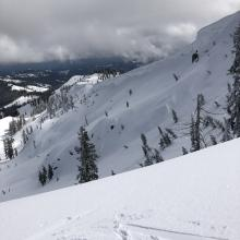 Large overhanging cornice features have formed on ridge above Heart Lake